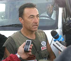 Fernández Sierra, en la improvisada rueda de prensa. (Foto: A. García/La Caza y su Mundo)