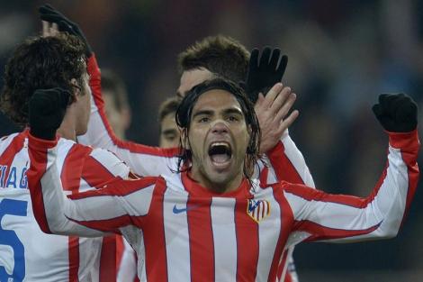 Falcao celebra un gol del Atlético: (EFE)
