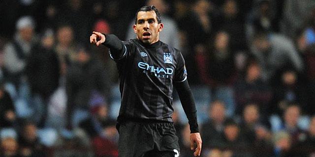 Carlos Tevez durante un partido con el Manchester City (EFE)