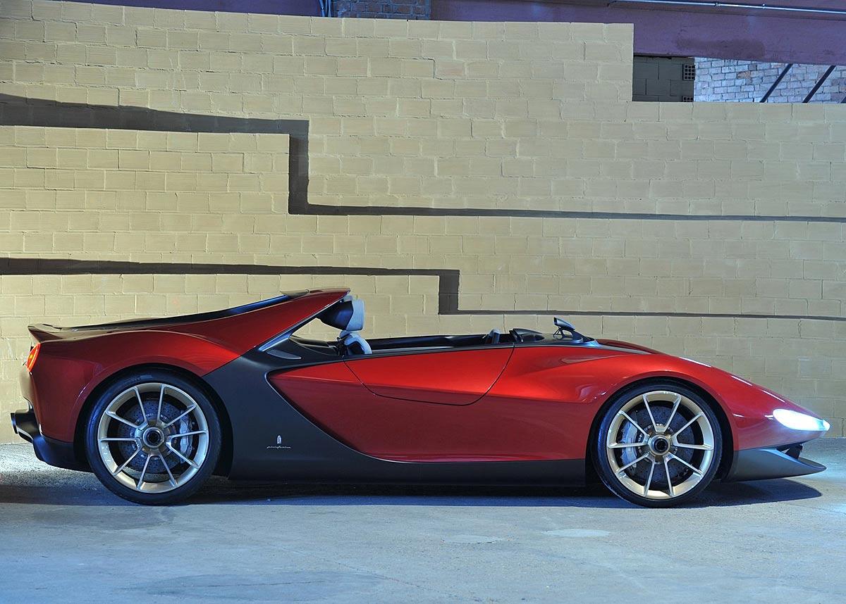 FERIA INTERNACIONAL DEL AUTOMOVILISMO,AUTOS TUNING-http://estaticos02.cache.el-mundo.net/elmundomotor/imagenes/2013/03/19/coches/1363716060_extras_ladillos_3_g_0.jpg