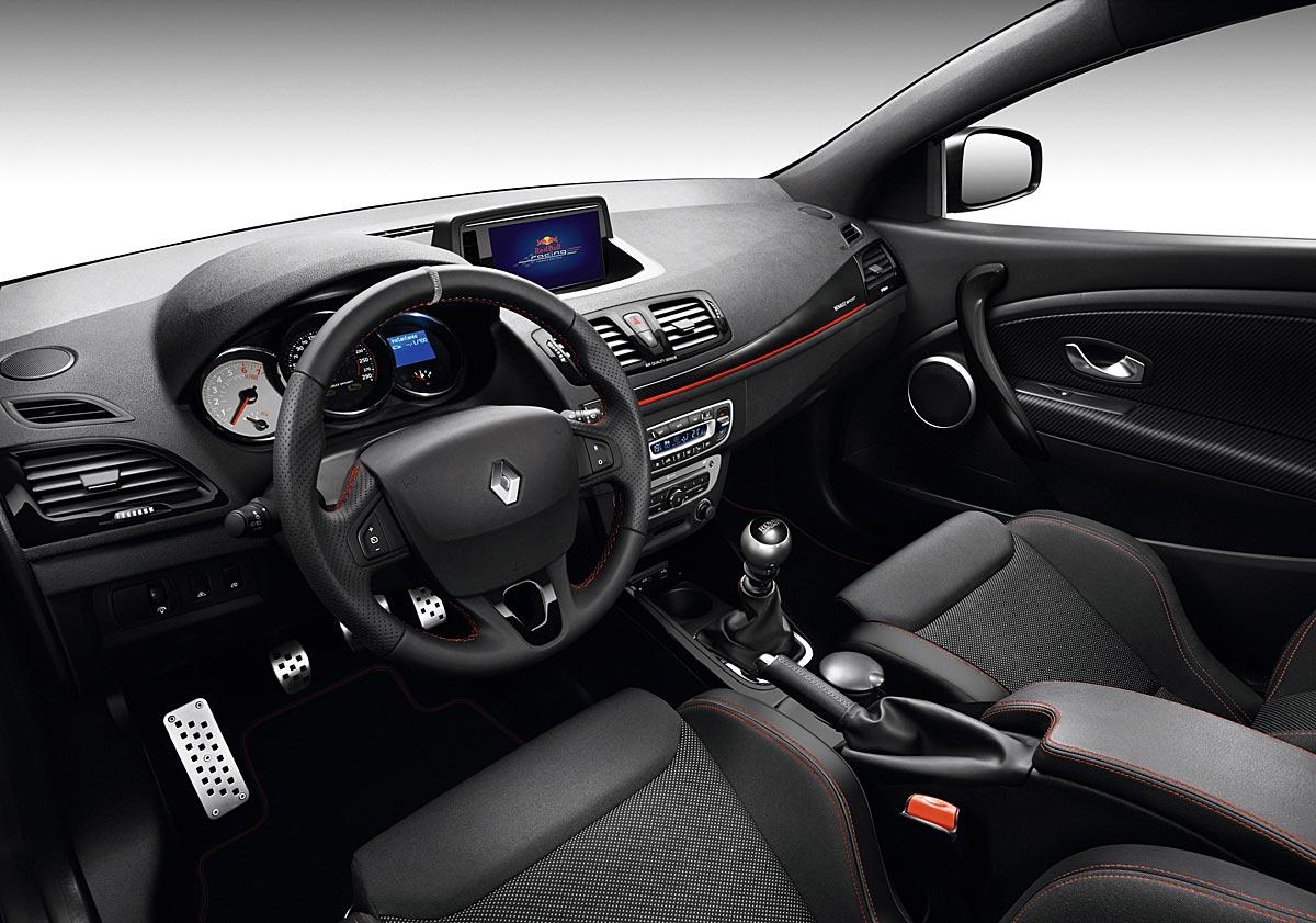 FERIA INTERNACIONAL DEL AUTOMOVILISMO,AUTOS TUNING-http://estaticos02.cache.el-mundo.net/elmundomotor/imagenes/2013/07/09/coches/1373379229_extras_ladillos_5_g_0.jpg