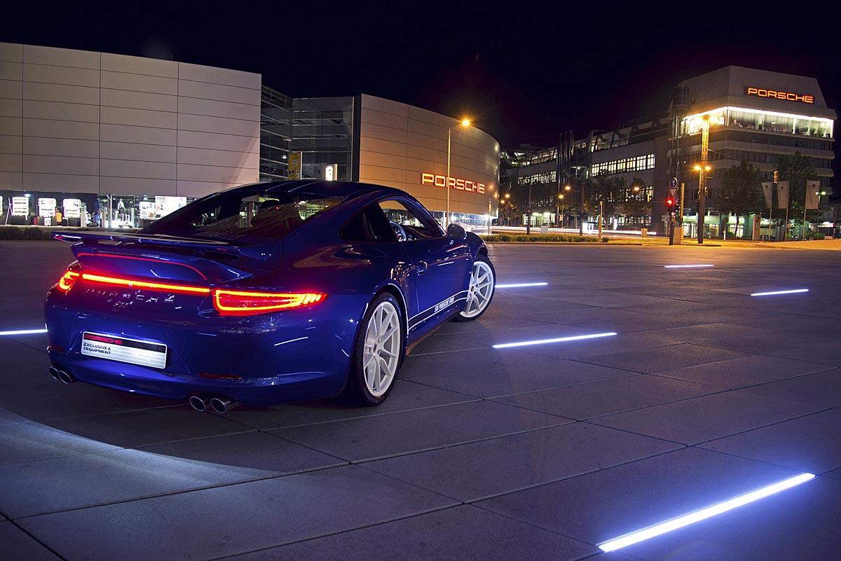 FERIA INTERNACIONAL DEL AUTOMOVILISMO,AUTOS TUNING-http://estaticos02.cache.el-mundo.net/elmundomotor/imagenes/2013/08/07/coches/1375871704_extras_ladillos_2_g_1.jpg