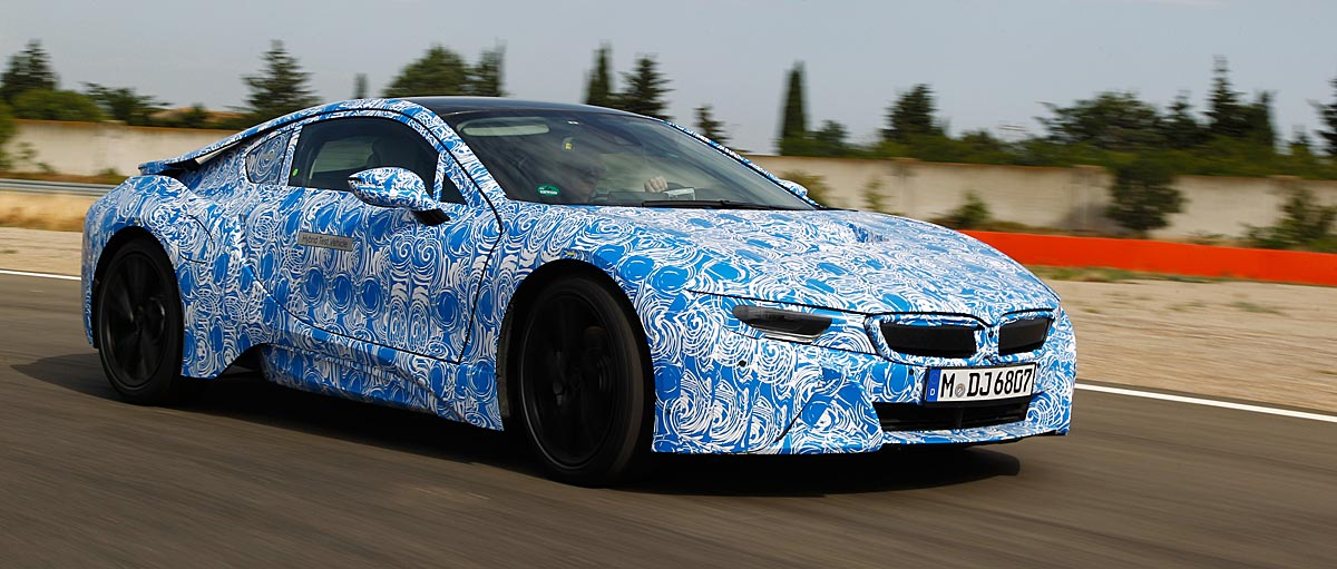 FERIA INTERNACIONAL DEL AUTOMOVILISMO,AUTOS TUNING-http://estaticos02.cache.el-mundo.net/elmundomotor/imagenes/2013/08/09/coches/1376071110_extras_ladillos_4_g_0.jpg
