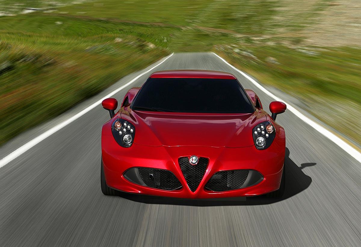 FERIA INTERNACIONAL DEL AUTOMOVILISMO,AUTOS TUNING-http://estaticos02.cache.el-mundo.net/elmundomotor/imagenes/2013/09/19/coches/1379612981_extras_ladillos_9_g_0.jpg