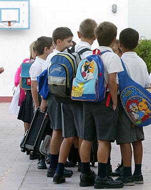 Un grupo de niños en el colegio. (Foto: J.F. Ferrer)