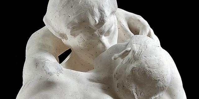 Escultura 'El beso' de Rodin.  El Mundo
