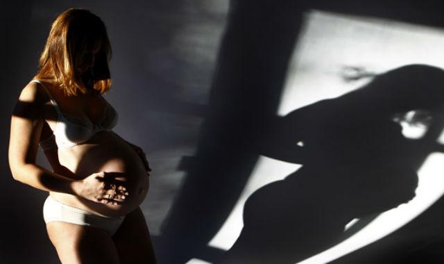 Hay muchos mitos relacionados con la forma de la barriga. | Reuters | Michaela Rehle