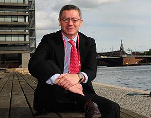 El alcalde de Madrid, en un muelle de la ciudad de Copenhague. | EL MUNDO