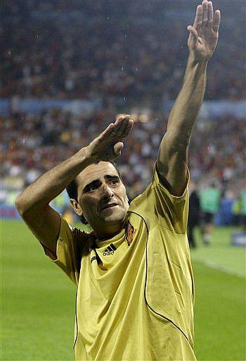 Güiza celebra el 0-3