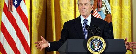 El presidente Bush, durante su alocución. (Foto: AFP)