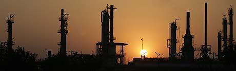 Refinería de petróleo. (Foto: REUTERS)