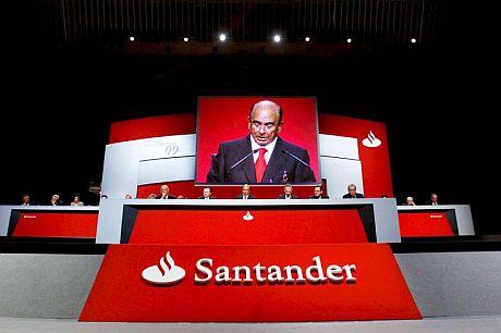 Momento de la junta extraordinaria de accionistas del Banco Santander. | EFE