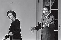 El bloque duro. Corría 1983 y Margaret Thatcher llegaba a Washington en visita oficial. La pareja ideológica que formaría con el presidente Reagan sería símbolo de toda una época.