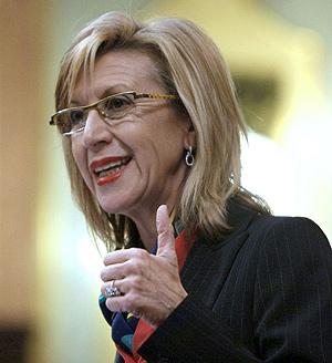 Rosa Díez, durante una intervención en el Congreso. (Foto: EFE)